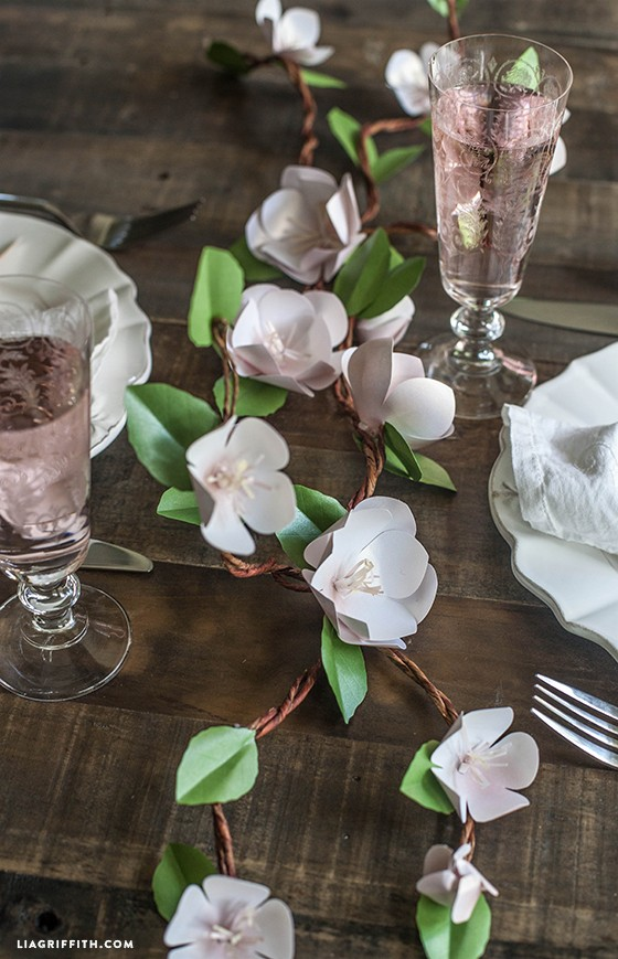 Paper_Apple_Blossom_Centerpiece