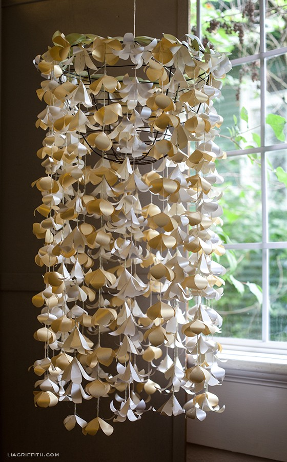 PaperFlowerCascade