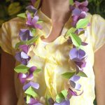 Make a Metallic Paper Lei