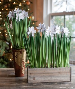DIY_Metallic_Paper_Paperwhites