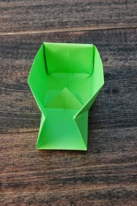 xmasstep12 christmas origami organizer - xmasstep12 199x300 - Christmas Origami Organizer