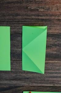 xmasstep4 christmas origami organizer - xmasstep4 199x300 - Christmas Origami Organizer