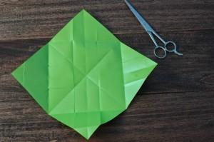 xmasstep8 christmas origami organizer - xmasstep8 300x199 - Christmas Origami Organizer