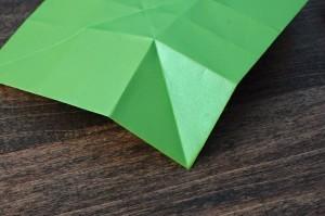 xmasstep9 christmas origami organizer - xmasstep9 300x199 - Christmas Origami Organizer