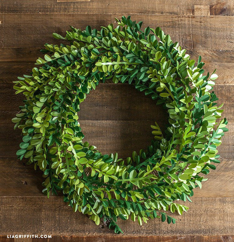 Paper_Boxwood_Wreath_DIY
