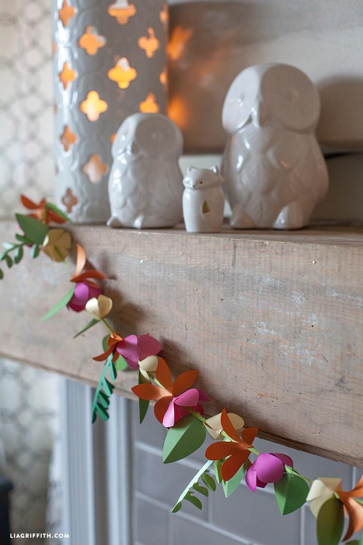 Beautiful Spring_Paper_Flower_Garland · Summer_Garland_Paper_Flowers  Summer_DIY_Paper_Flower_Garland Amazing Ideas
