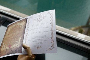 Pearl White Metallic Paper Adds More Elegance to the Wedding Season