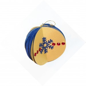 Handmade Ornaments and Christmas Cards – A thoughtful gift