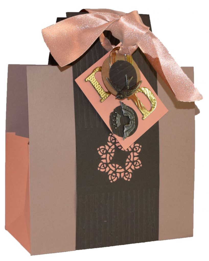 Cardstock Fathers-Day-Bag bag it up for dad in this handmade, cardstock gift bag - Paper Paper Fathers Day Bag 6 proof done web 818x1024 - Bag it up for Dad in this handmade, cardstock gift bag