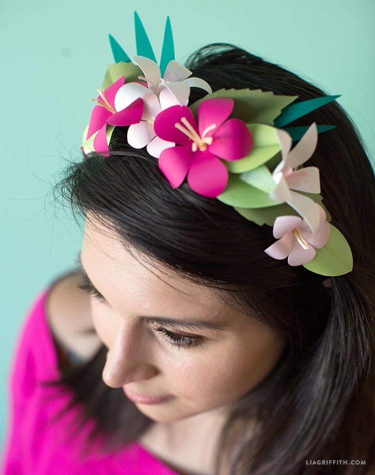Tropical Flower Head Wreath