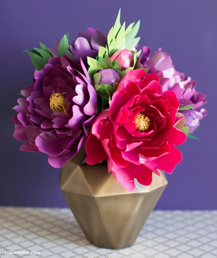 metallic peony video - PP Frosted Paper Peony Bouquet - Metallic Peony Video