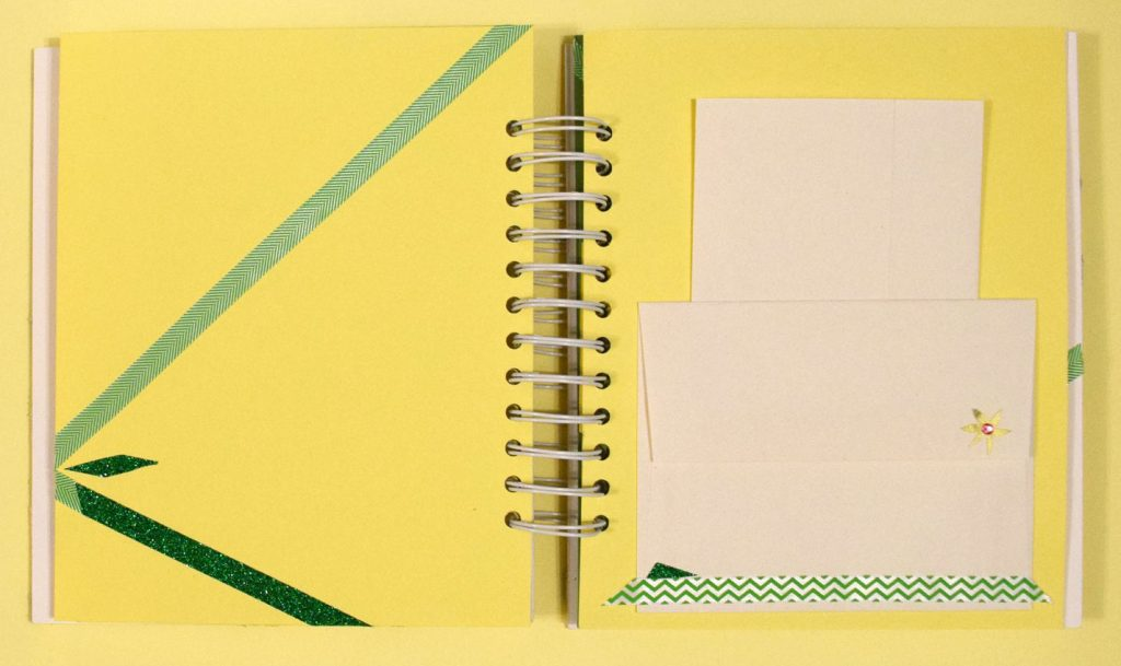 PaperPapersPersonalizedBabyBook06