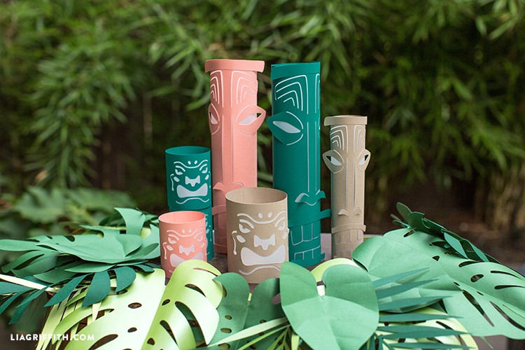 DIY paper tiki lanterns inside paper wreath
