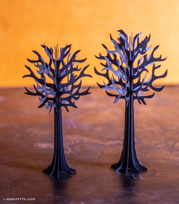 Spooky 3D paper trees for Halloween how to make spooky 3d paper trees for halloween - PP Spooky Paper Trees 1 - How to Make Spooky 3D Paper Trees for Halloween