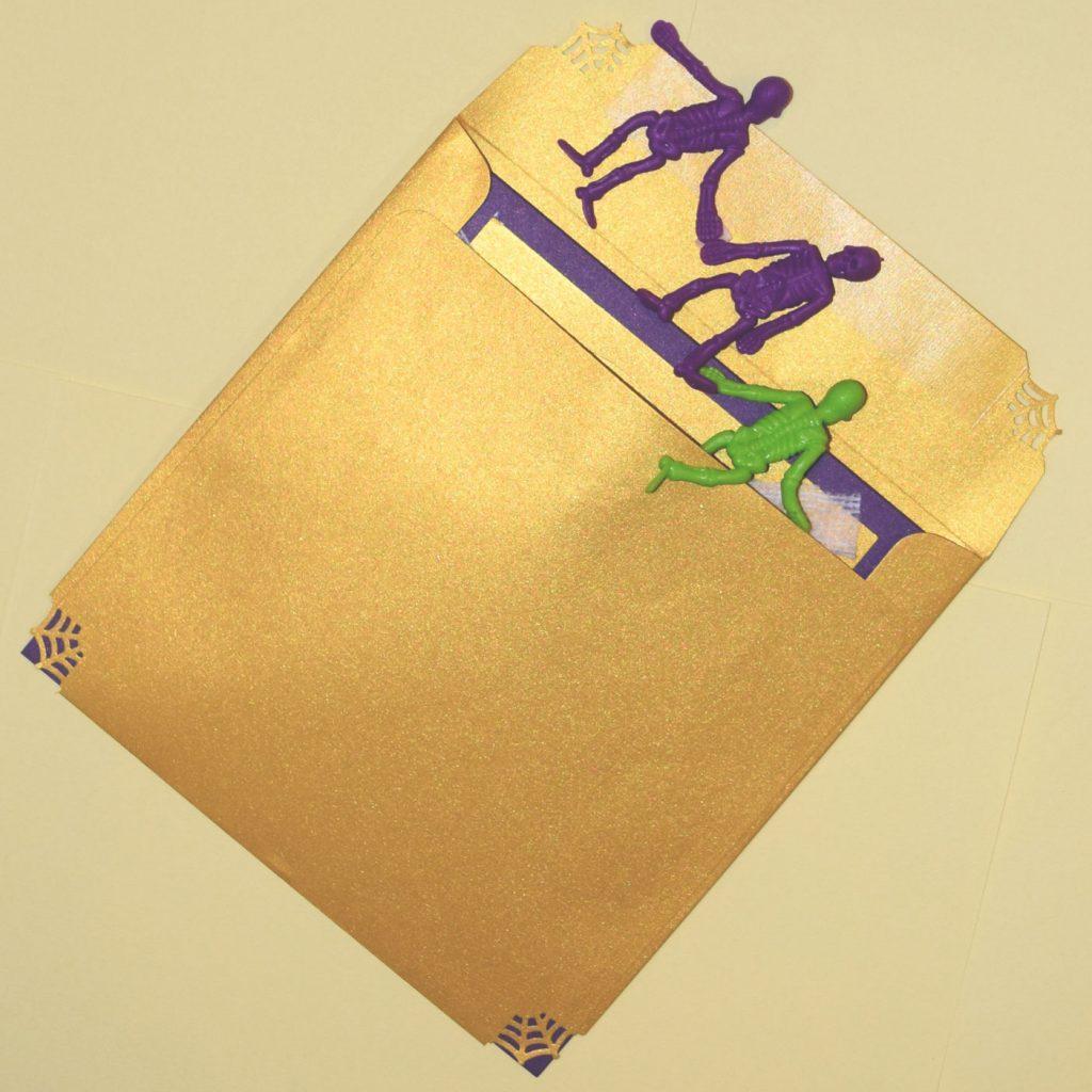 PaperPapersBooSpookyCard04